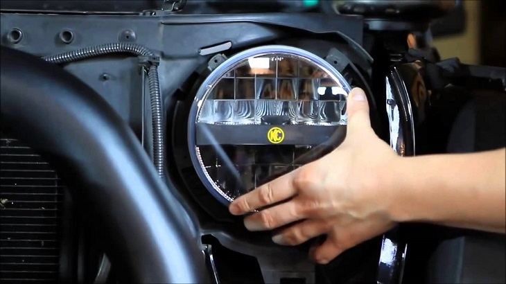 How to Adjust jeep led Headlights