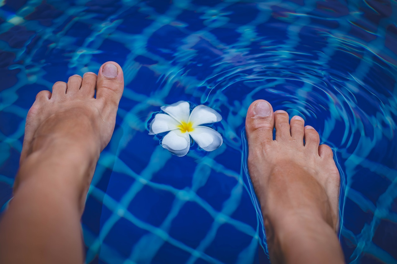 feet floating on water